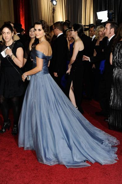 Academy Awards 2012 red carpet fashion: Who Wore What
