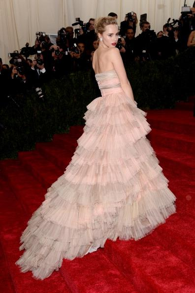 British Model Suki Waterhouse in a custom Burberry tulle layered gown.