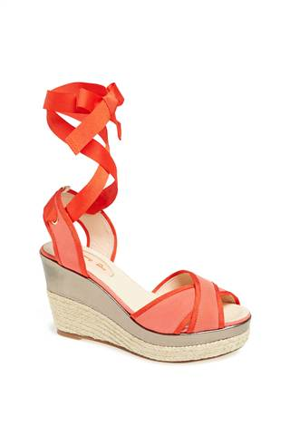 "The ""Leslie"" wedge in coral ("